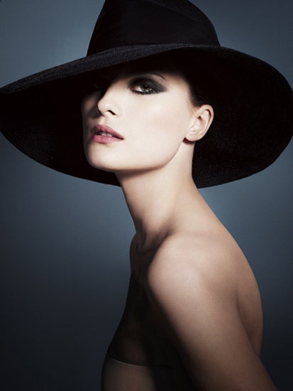 Giorgio-Armani-Fall-2012-Neo-Classic-Makeup-Collection