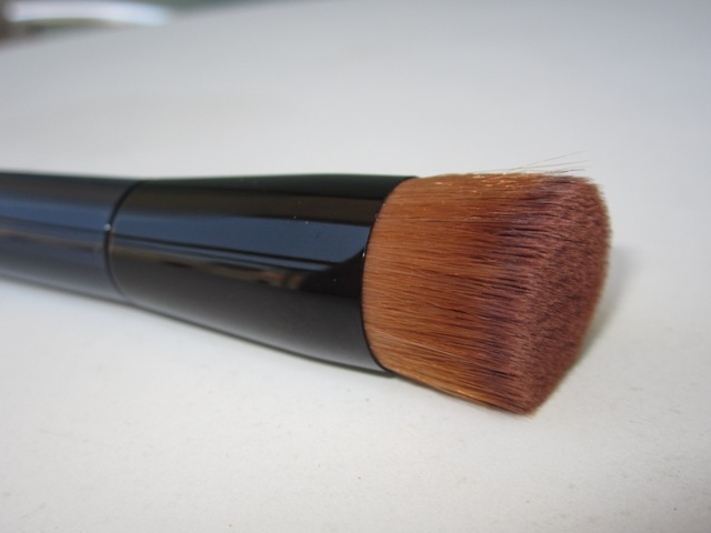 Shiseido Perfect Foundation Brush_bella-shmella (3)
