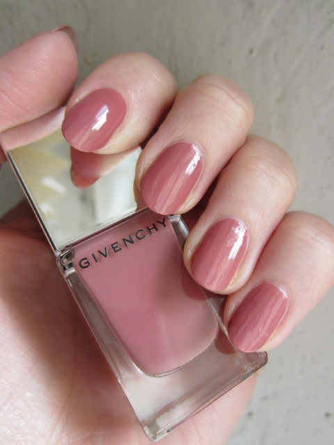 Givenchy Le Vernis Rose d'Exception_bella-shmella (5)