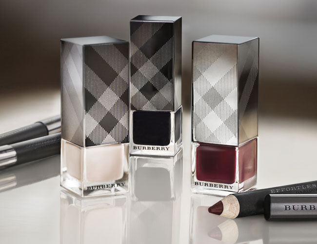 Burberry-Trench-Kisses-Autumn-Winter-2013-nail-polish-collection