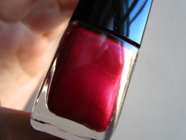 Chanel #595 Rouge Moiré (2)