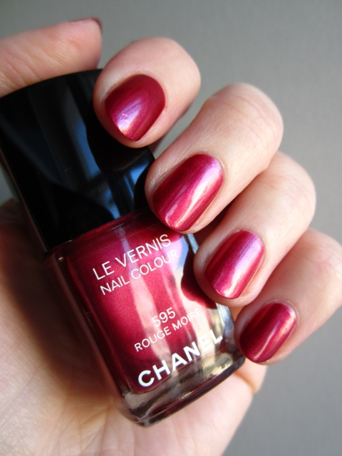 Chanel #595 Rouge Moiré (3)