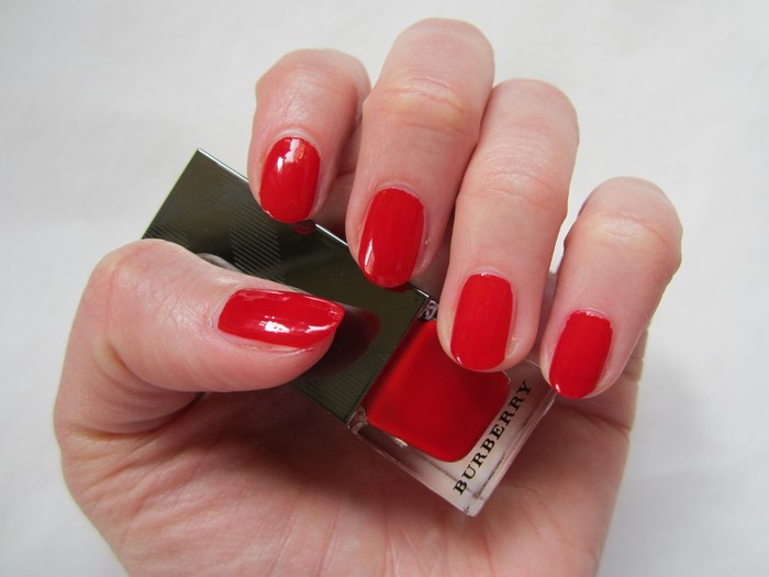 Burberry Nail Polish Poppy Red #301 (6)