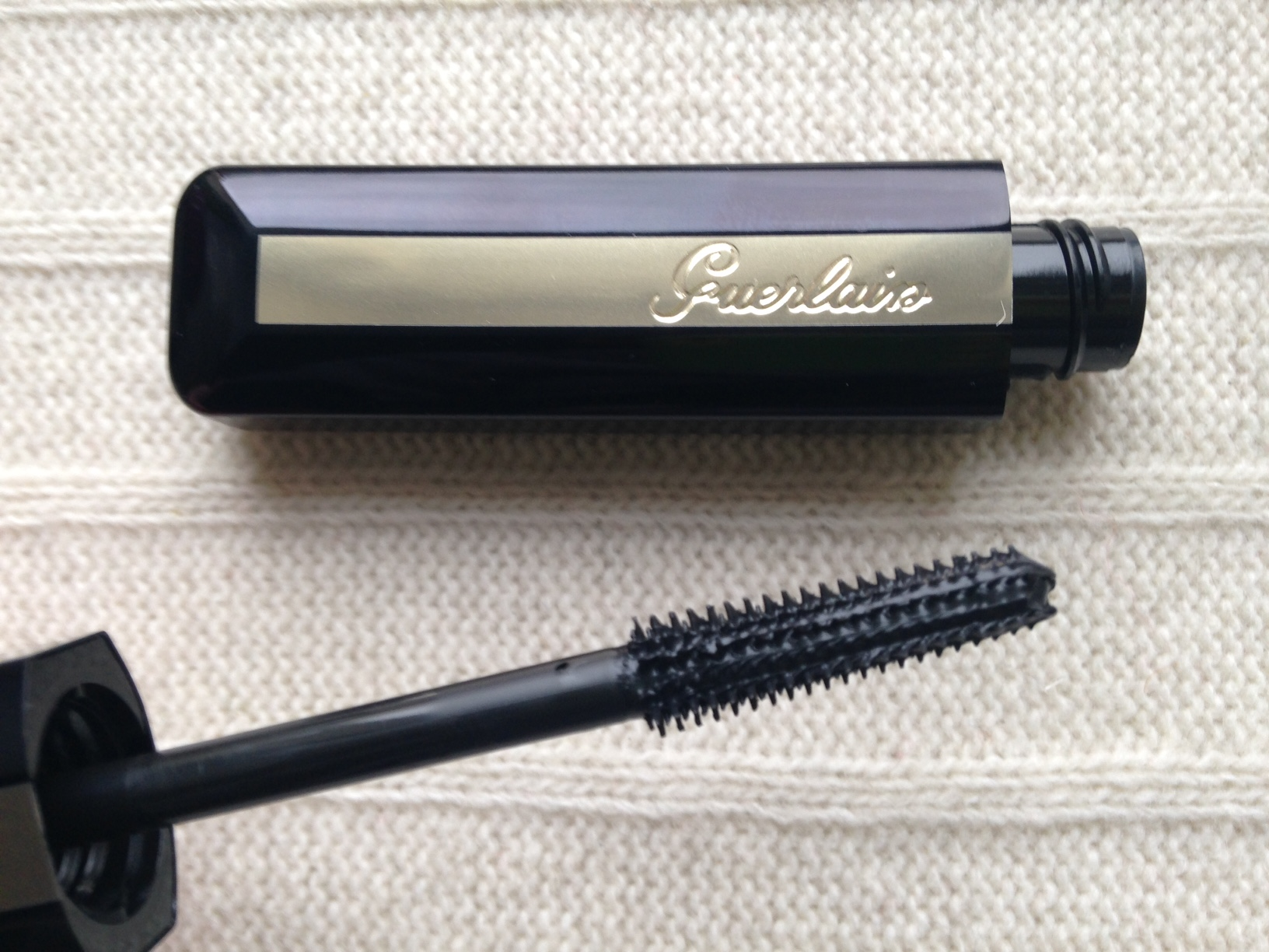 Guerlain Cils d'Enfer So Volume  (2)