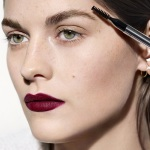 Видео Burberry Beauty: 2016 Runway Make-up Look