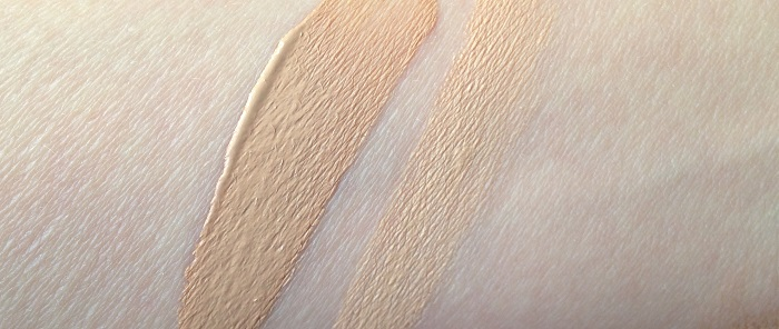 Chanel Les Beiges Healthy Glow Foundation 30-20